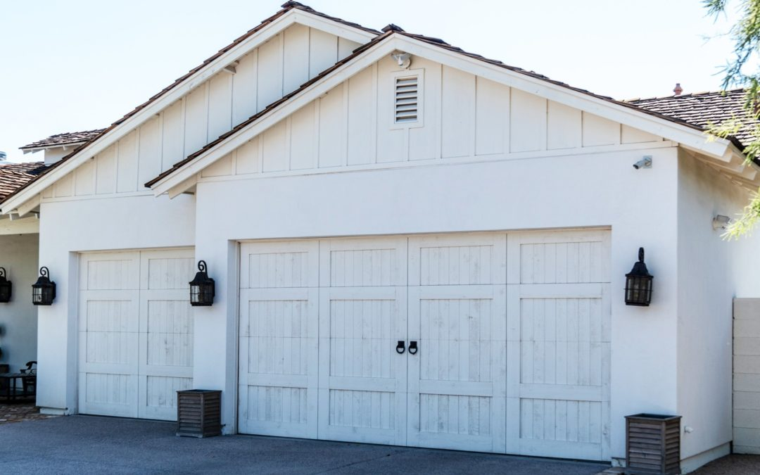 When to Have Your Garage Tracks and Rollers Replaced